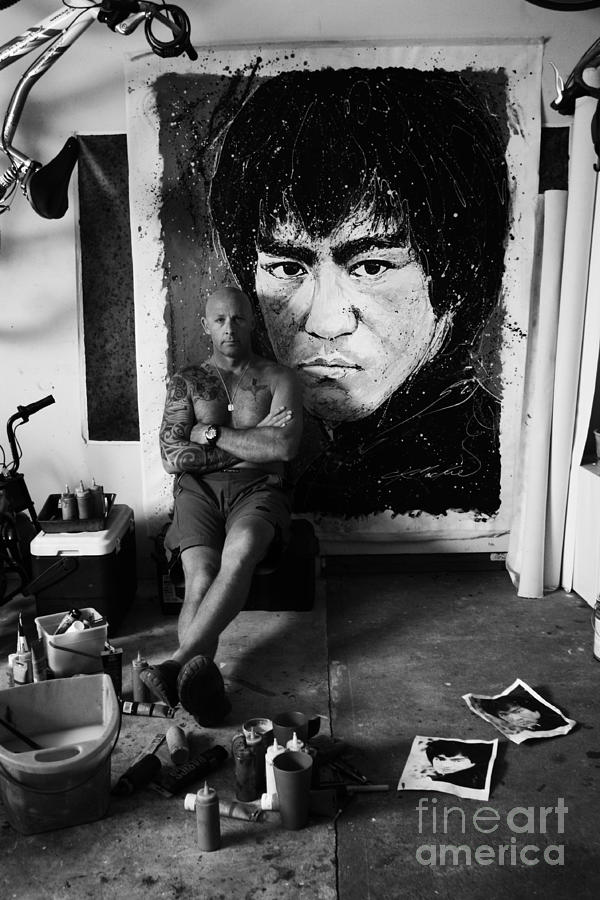 Bruce Lee Photograph - Me And Lee by Chris Mackie
