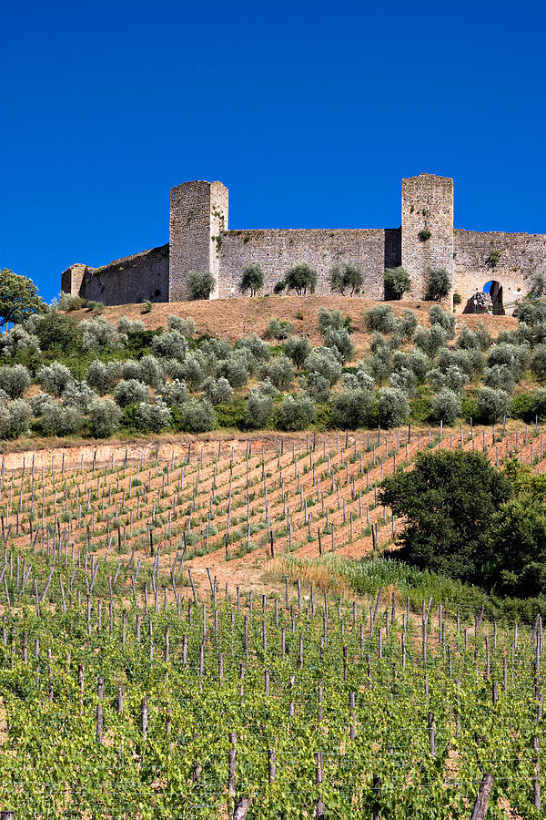 Italy Photograph - Medieval Walled Village Of Monteriggioni Chianti Tuscany Italy by Mathew Lodge