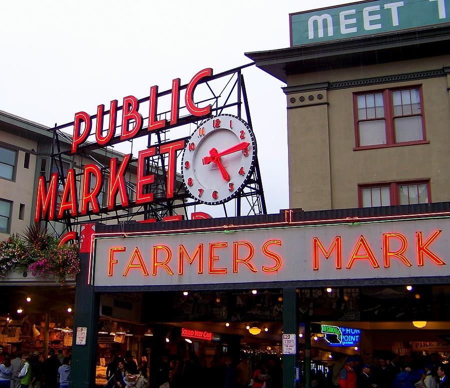 Pike Place Market Photograph - Meet Me In Seattle by Karen Wiles