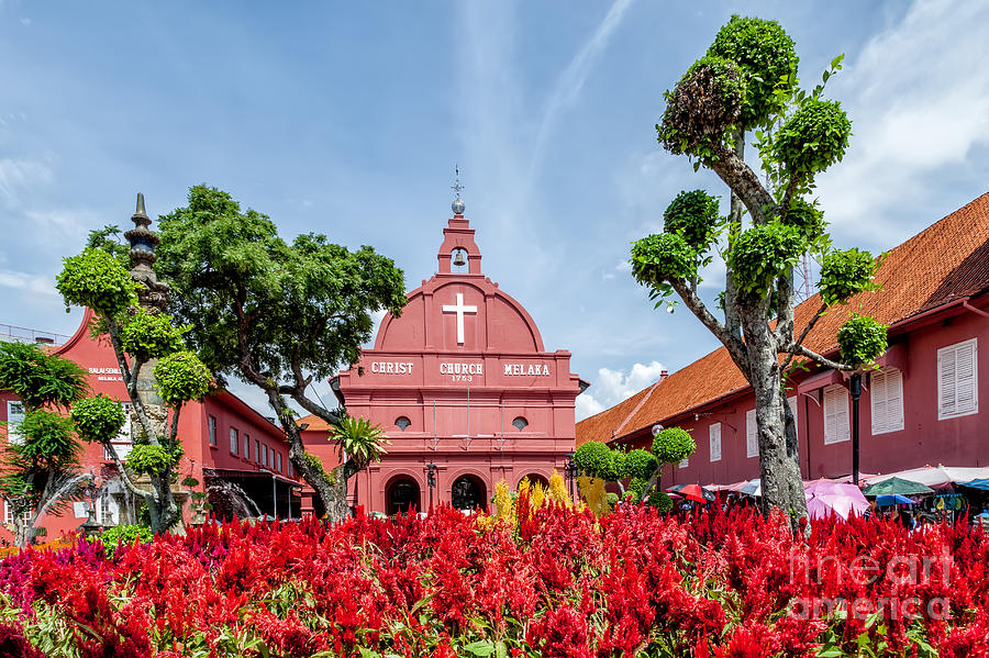 1753 Photograph - Melaka Red Square by Adrian Evans