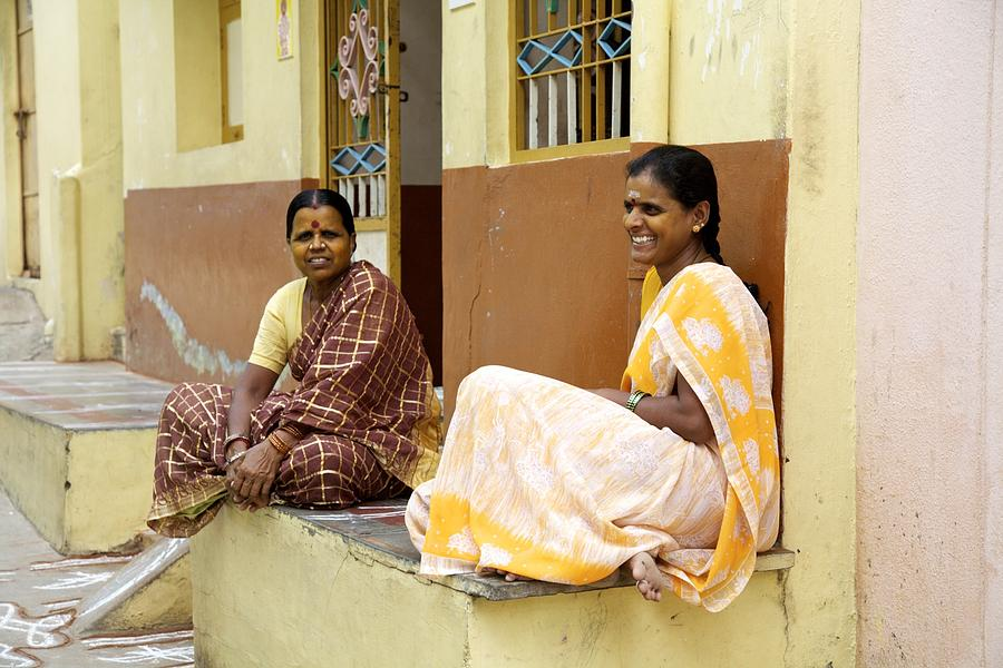 India Photograph - Mellow Yellow by Lee Stickels