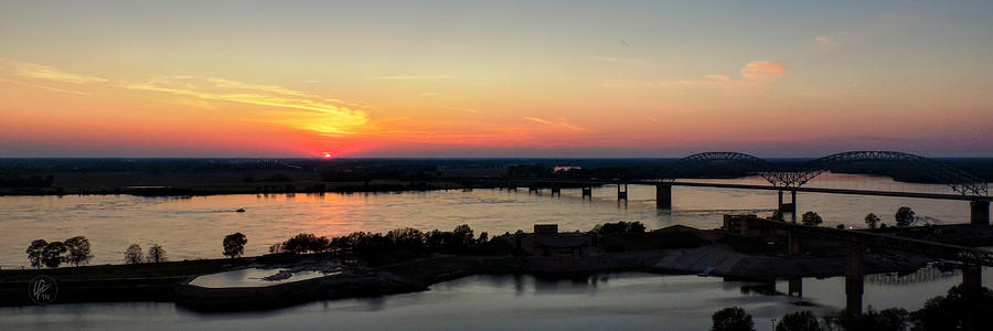 Memphis Photograph - Memphis Sunset On The Mississippi 002 by Lance Vaughn