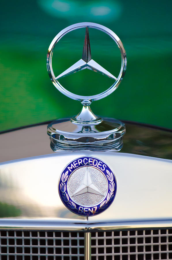 Mercedes Benz Emblem Photograph - Mercedes Benz Hood Ornament 3 by Jill Reger