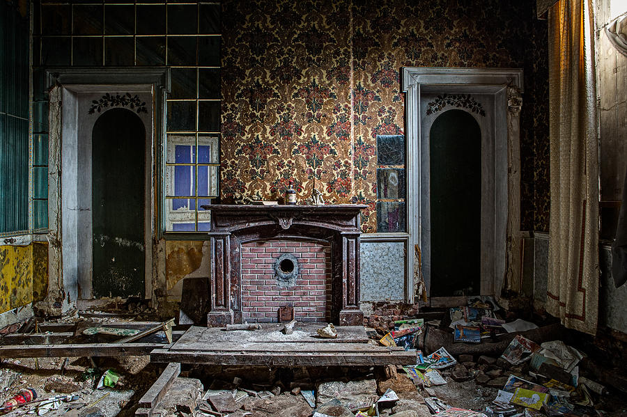 Messy Living Room Abandoned House Photograph by Dirk Ercken