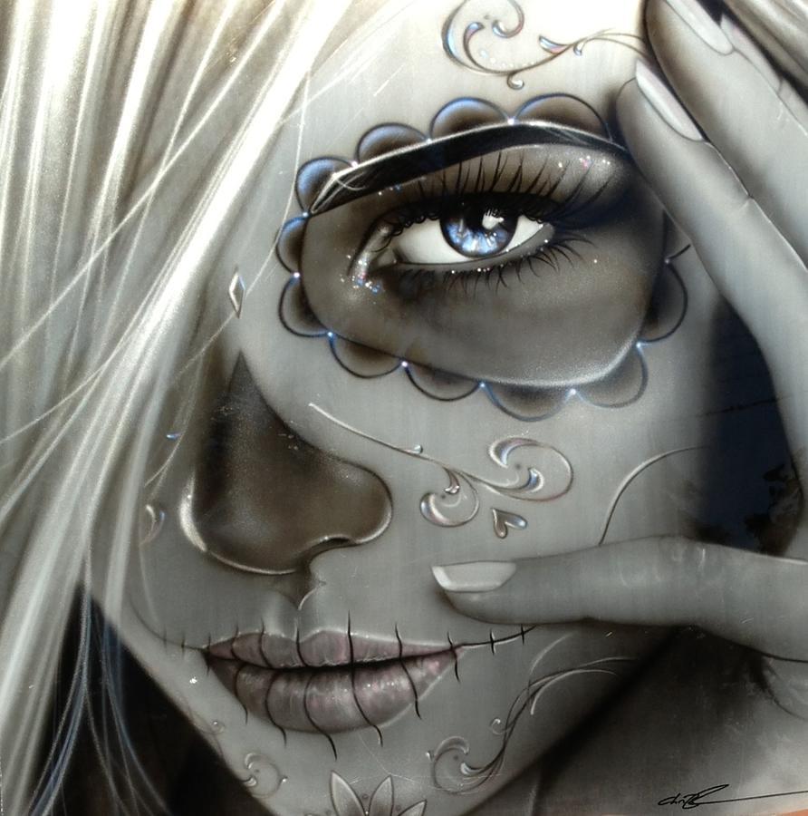 Marilyn monroe face outline