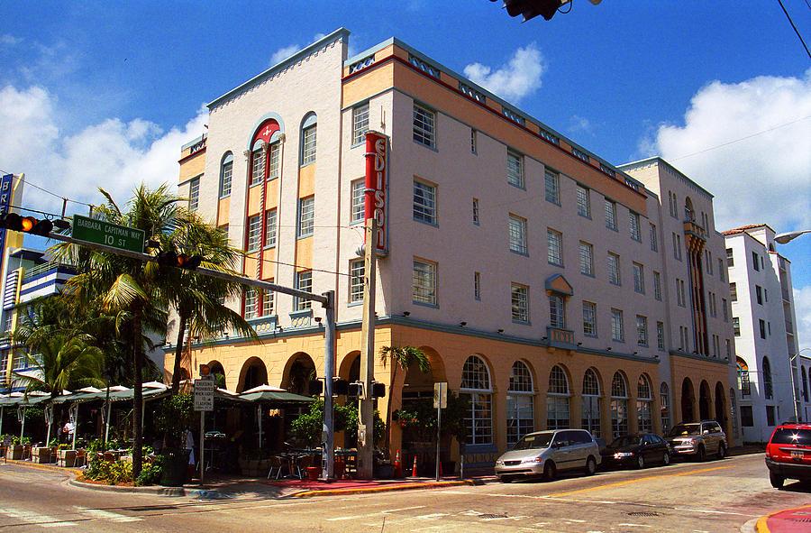 Attractions Photograph - Miami Beach - Art Deco 36 by Frank Romeo