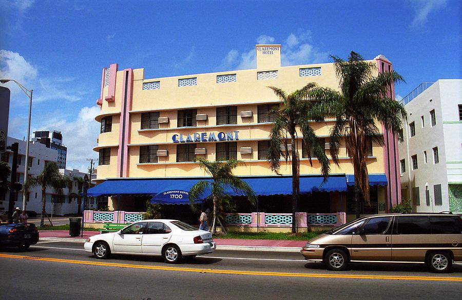 Attractions Photograph - Miami Beach - Art Deco 38 by Frank Romeo