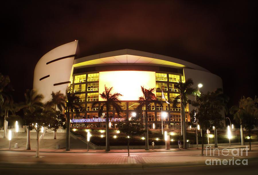 Miami Heat Photograph - Miami Heat Aa Arena by Andres LaBrada