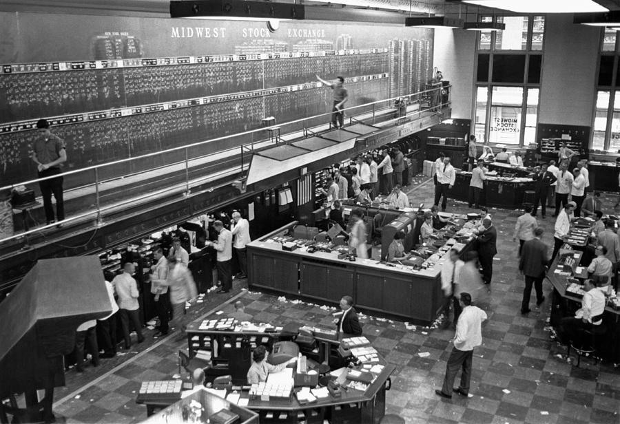 1955 Photograph - Midwest Stock Exchange by Underwood Archives