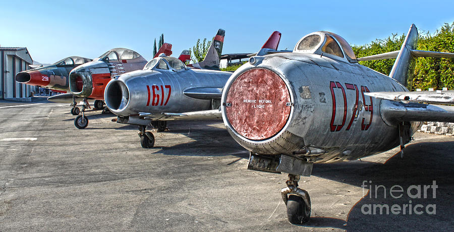 Airplanes Photograph - Mikoyan-gurevich Fagot Mig-15uti by Gregory Dyer