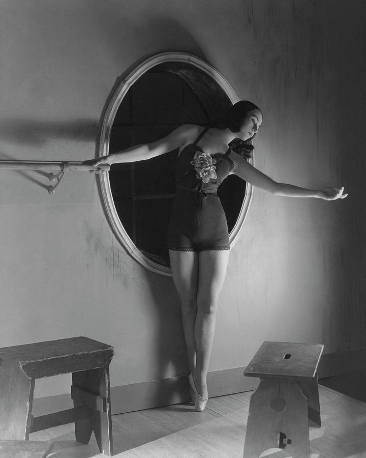 Milada Mladova On Pointe Photograph by Horst P. Horst