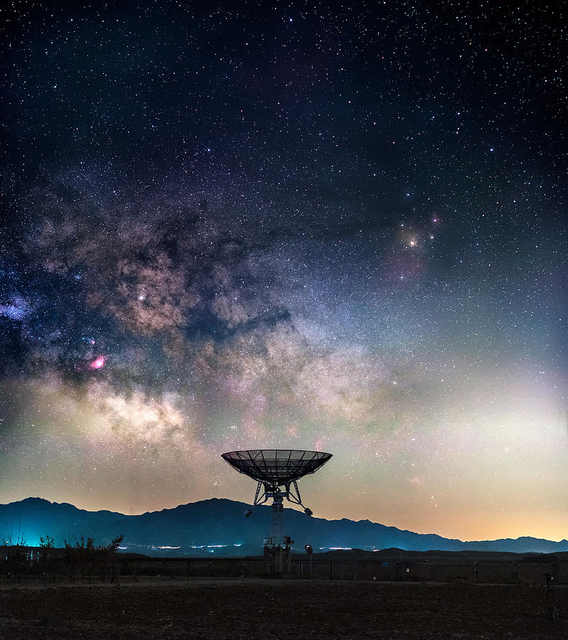 Milky Way Above Radio Telescope Photograph by Haitong Yu