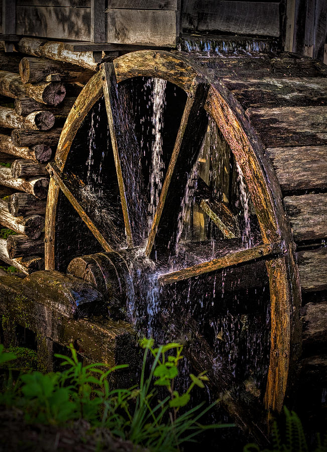 Wheel Photograph - Mill Wheel by Dave Bosse