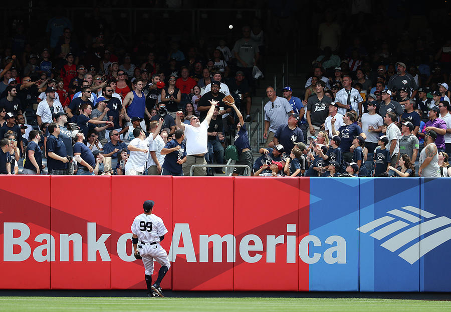 Milwaukee Brewers V New York Yankees Photograph by Al Bello