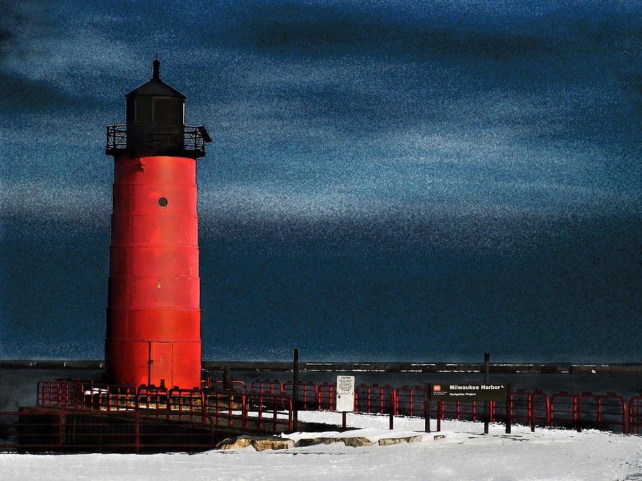 Milwaukee Digital Art - Milwaukee Pierhead Lighthouse by David Blank