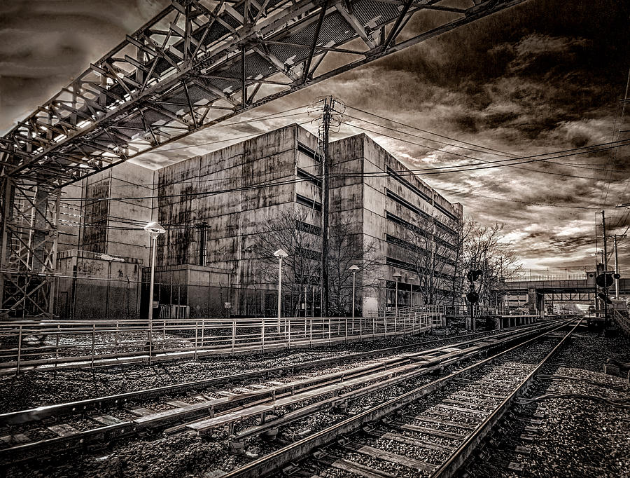 Mineola Station by Steve Zimic