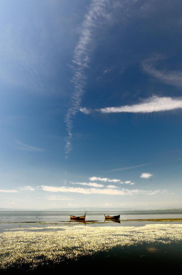 Lake Photograph - Minimal by Okan YILMAZ