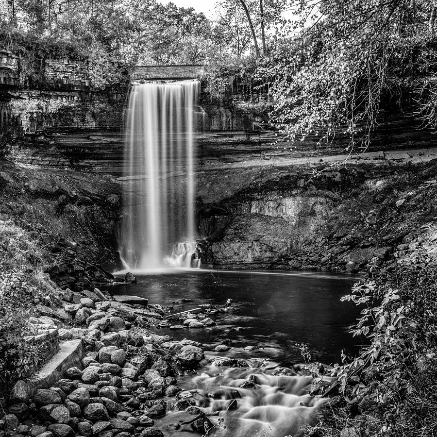 Minnehaha Photograph - Minnehaha Falls by Paul Freidlund