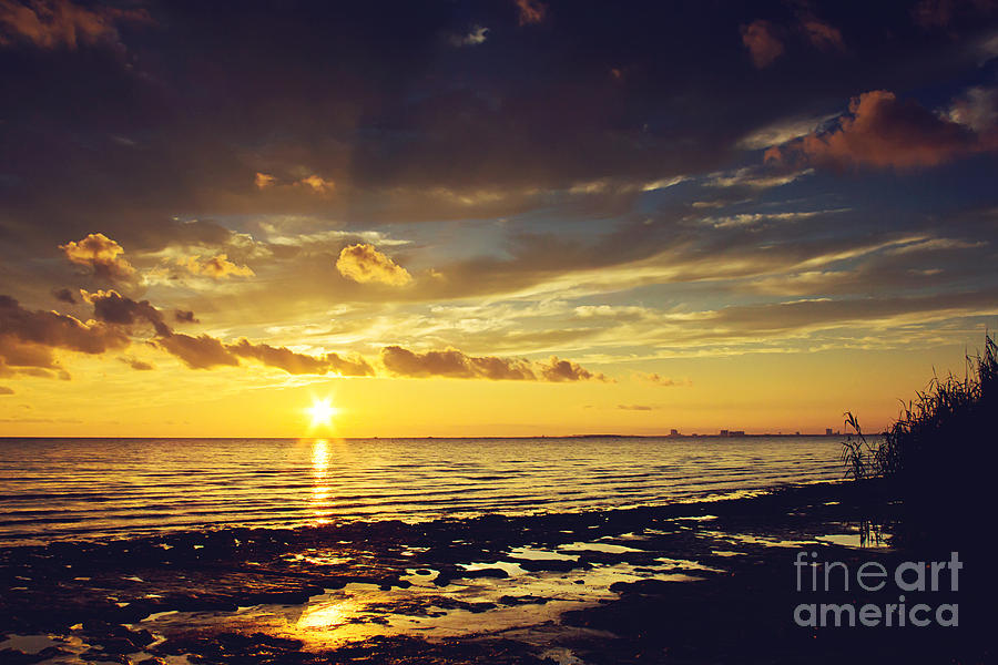 Sunset Photograph - Mississippi Gulf Coast Beauty by Joan McCool