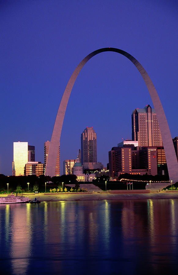 Mississippi River And Gateway Arch At Photograph by John Elk