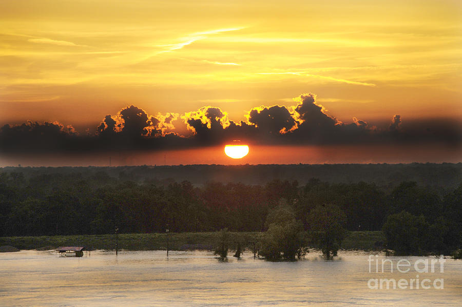 Mississippi Photograph - Mississippi Sunset by Leon Hollins III