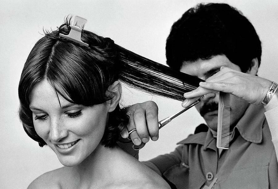 Model Getting A Haircut Photograph By William Connors