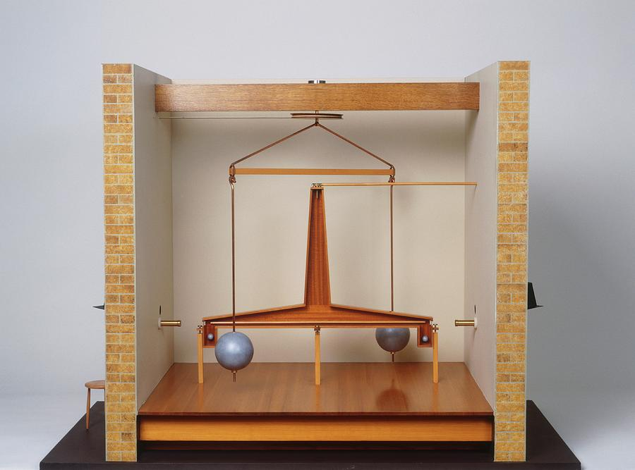 Equipment Photograph - Model Of A Gravitational Experiment by Dorling Kindersley/uig