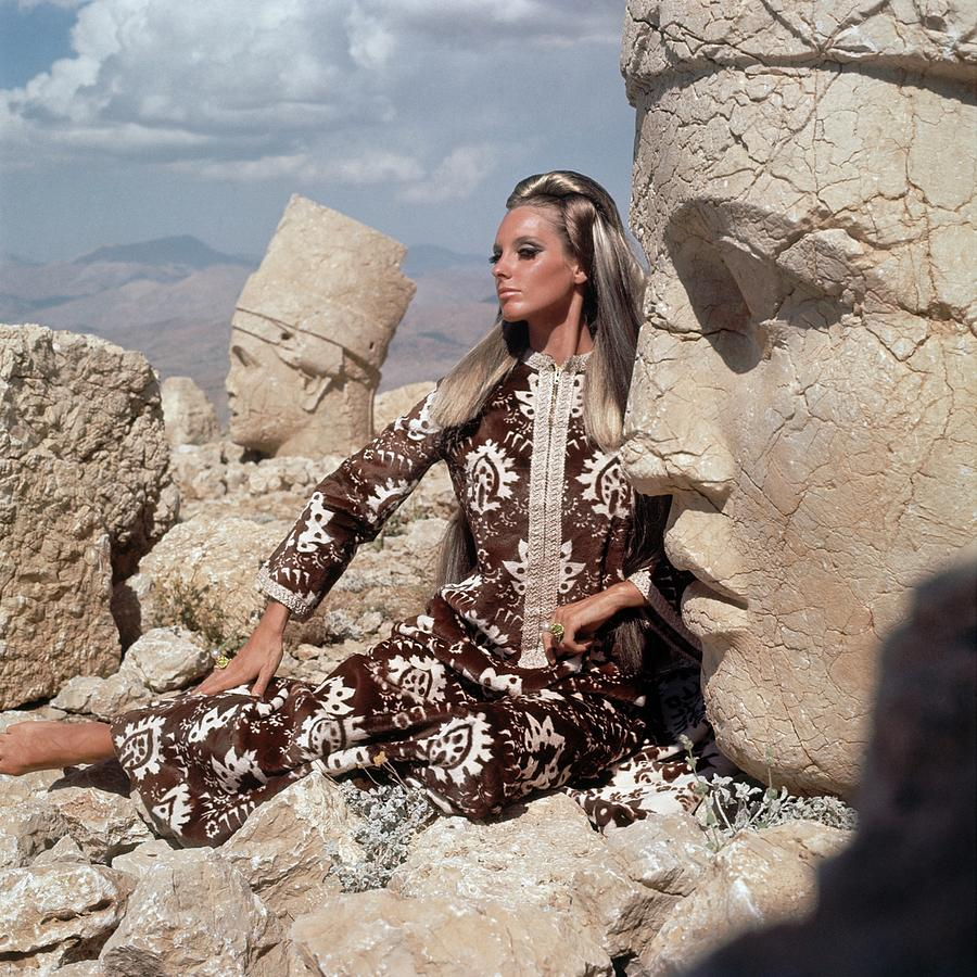 Model Wearing A Brown And White Persian Print Photograph by Henry Clarke