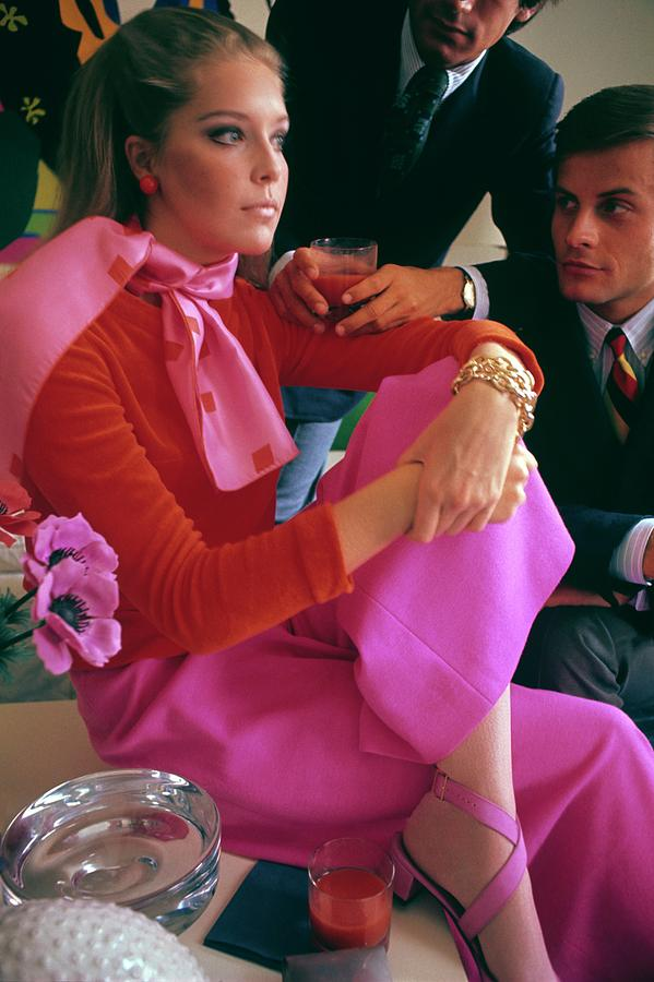 Model Wearing Boe Jests Pink Pants Photograph by Sante Forlano