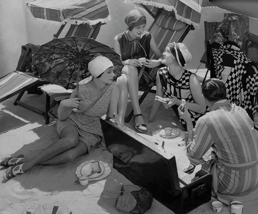 Models Having A Picnic Photograph by Edward Steichen