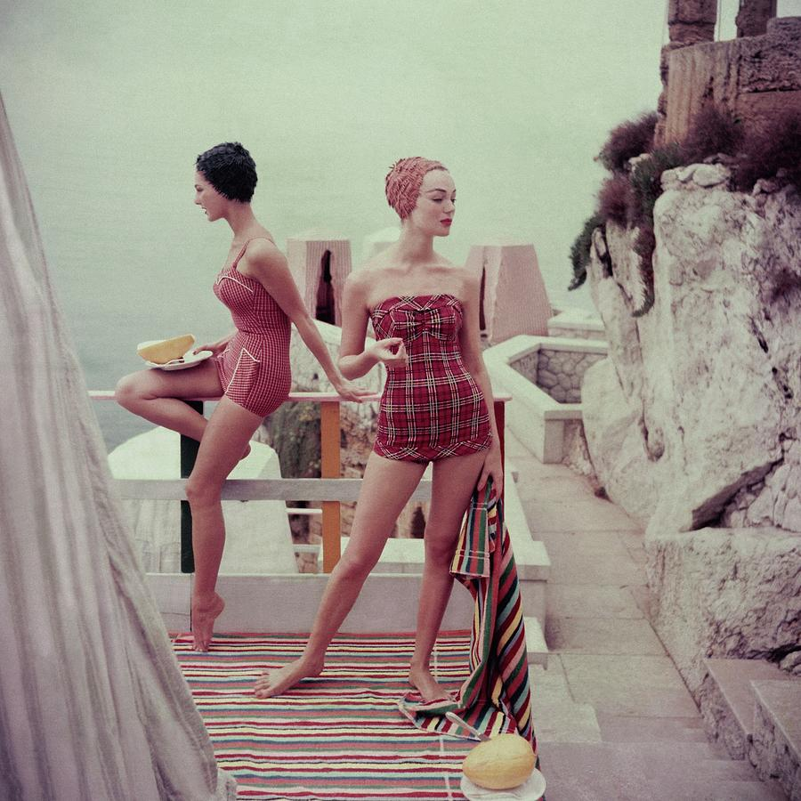 Models Wearing Bathing Suits In Palermo Photograph by Henry Clarke