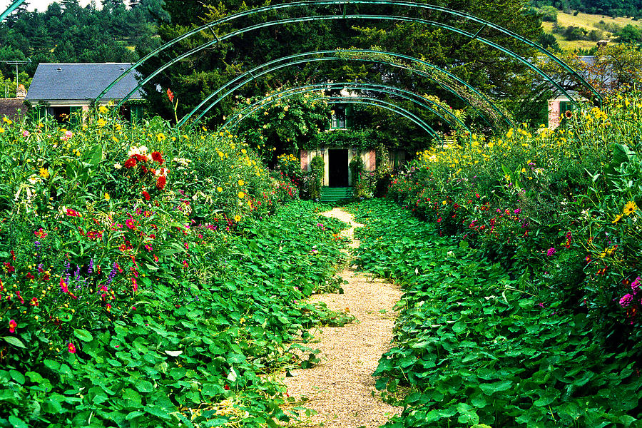 Giverny Photograph - Monets Gardens At Giverny by Jeff Black