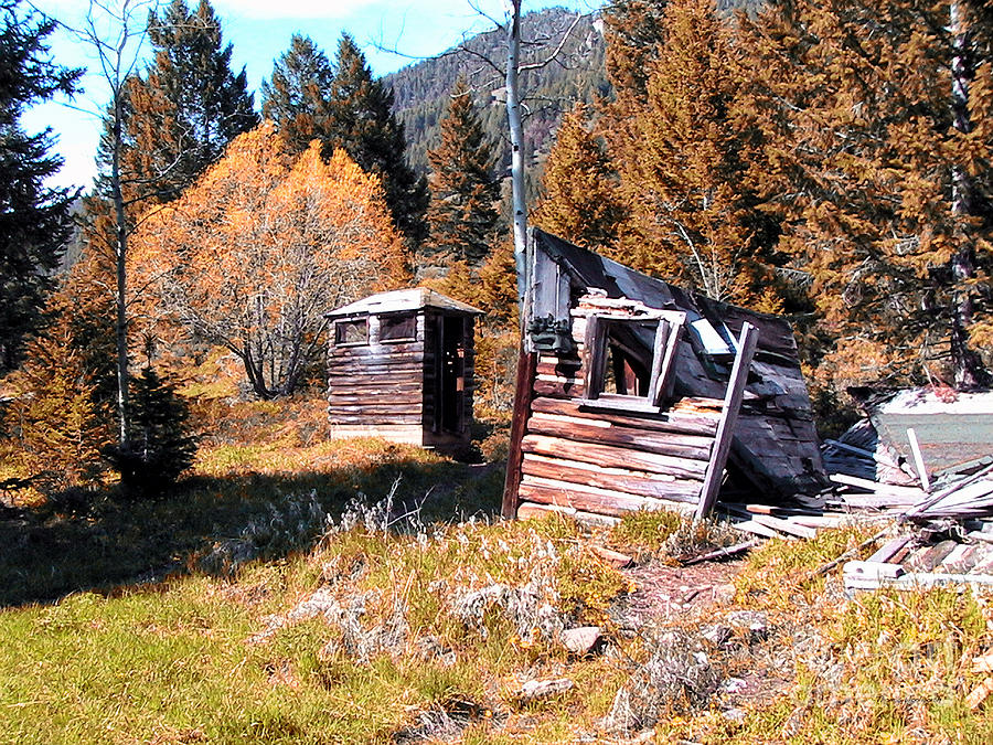 Pail Closet Photograph - Montana Outhouse 01 by Thomas Woolworth