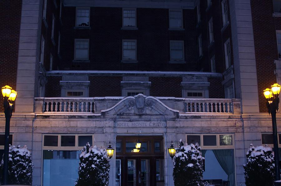 Monte Cristo Hotel Photograph by Donald Torgerson