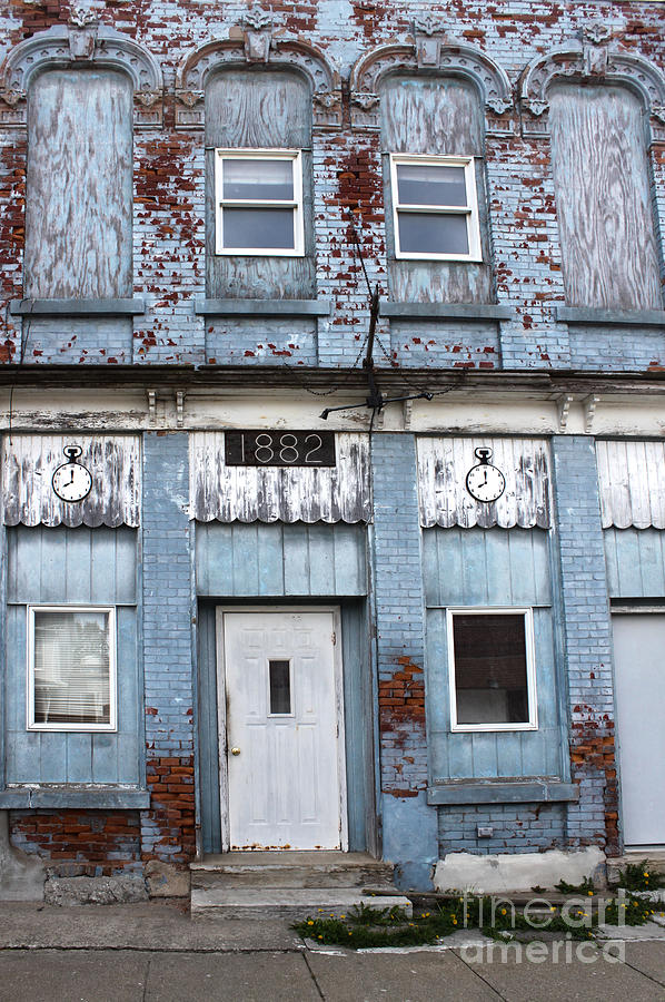 Old Brick Building Photograph - Montezuma Iowa - Blue Brick Building by Gregory Dyer