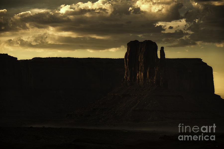 Monument Valley Photograph - Monument Valley 3 by Richard Mason