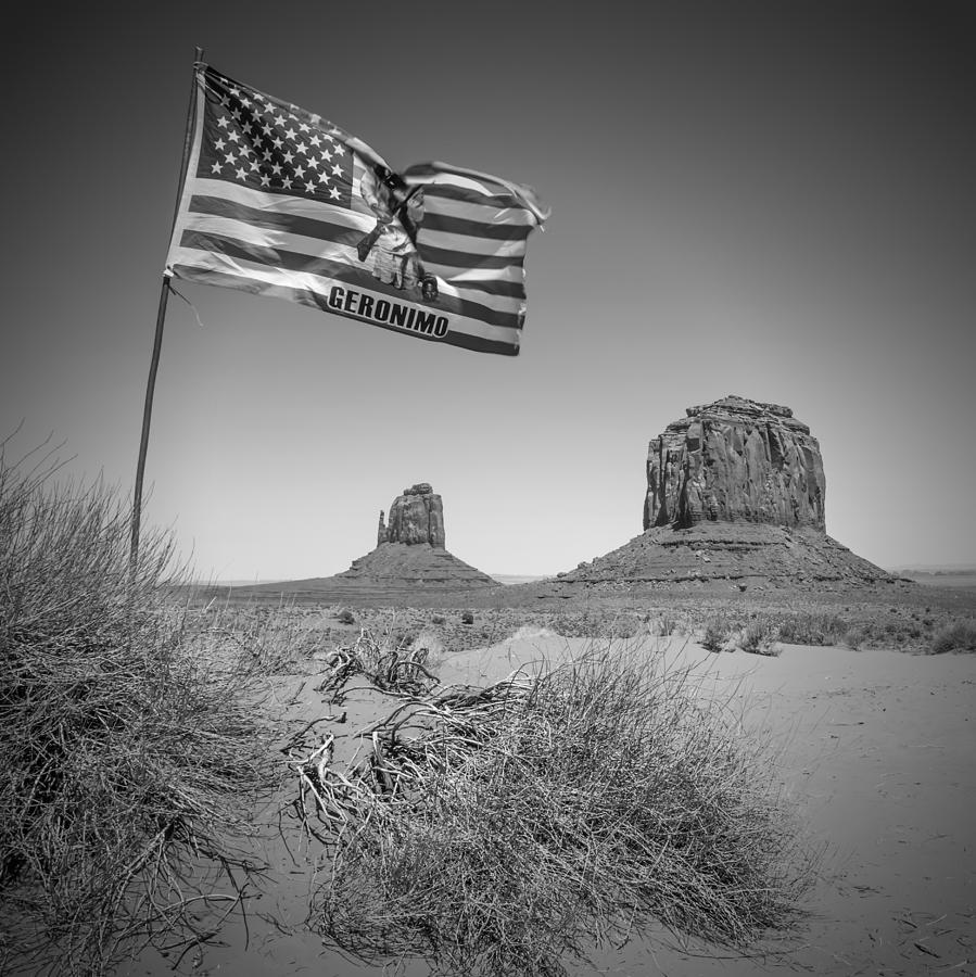 Monument Valley Photograph - Monument Valley Usa Bw by Melanie Viola