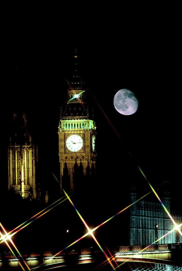 Big Ben Photograph - Moon Over Big Ben by Robin Scagell/science Photo Library