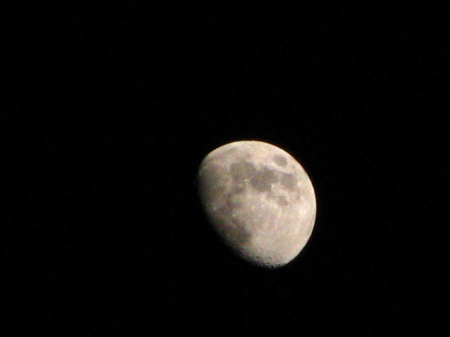 Moon Photograph - Moon by Rheo