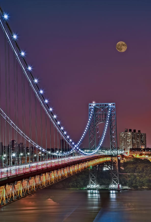 Full Moons Photograph - Moon Rise Over The George Washington Bridge by Susan Candelario