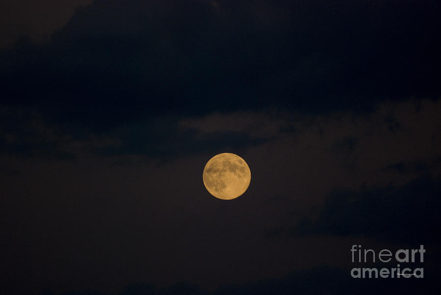 Full Moon Photograph - Moon Rising 07 by Thomas Woolworth