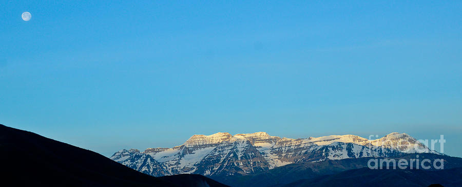 Moonset over Timpanogos by Jeff Loh