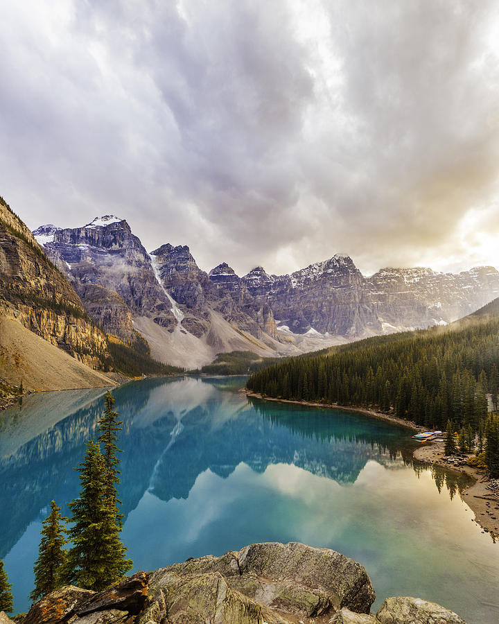 Moraine Lake, Banff National Park Photograph by Ranplett