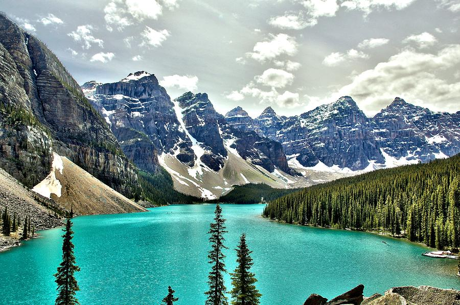 Moraine Lake, Banff National Park Photograph by Spierry Images