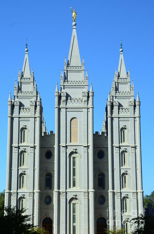 Morman Photograph - Morman Temple by Kathleen Struckle