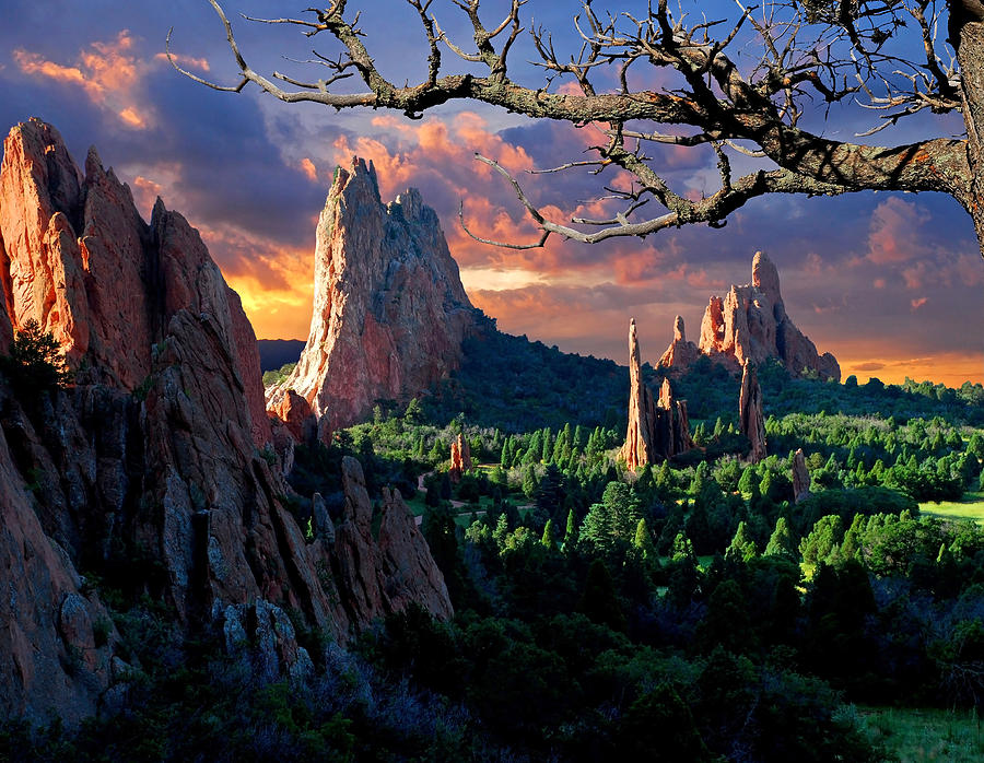 Colorado Springs Photograph - Morning Light At The Garden Of The Gods by John Hoffman
