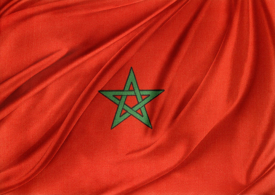 Banner Photograph - Moroccan Flag by Les Cunliffe