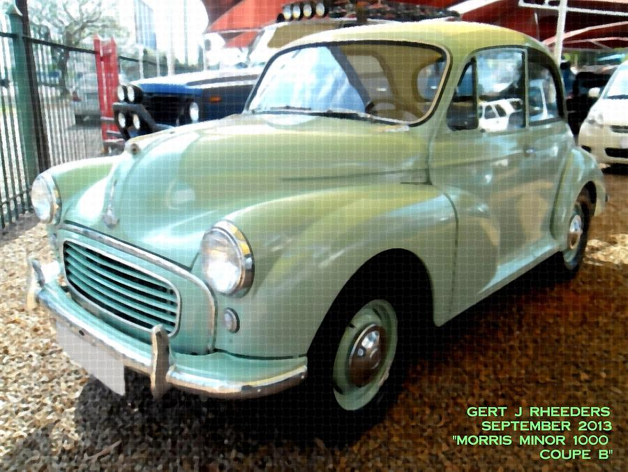 Morris Minor 1000 Coupe Painting