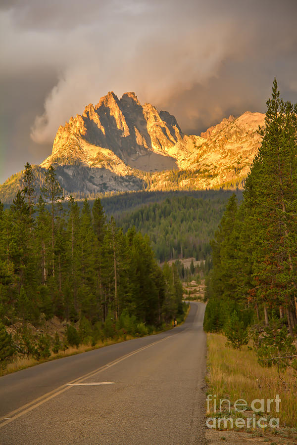 Rocky Mountains Photograph - Mount Heyburn by Robert Bales