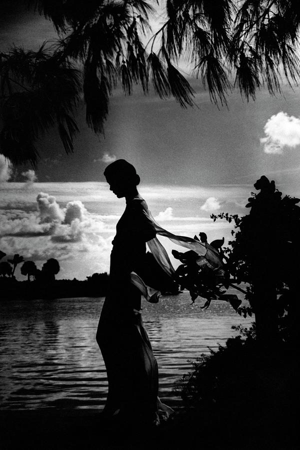 Mrs Allan A Ryan Jr At Palm Beach Photograph by Toni Frissell